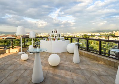 suite-hotel-sofia-terrace-bar-5