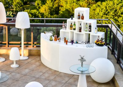 suite-hotel-sofia-terrace-bar-3